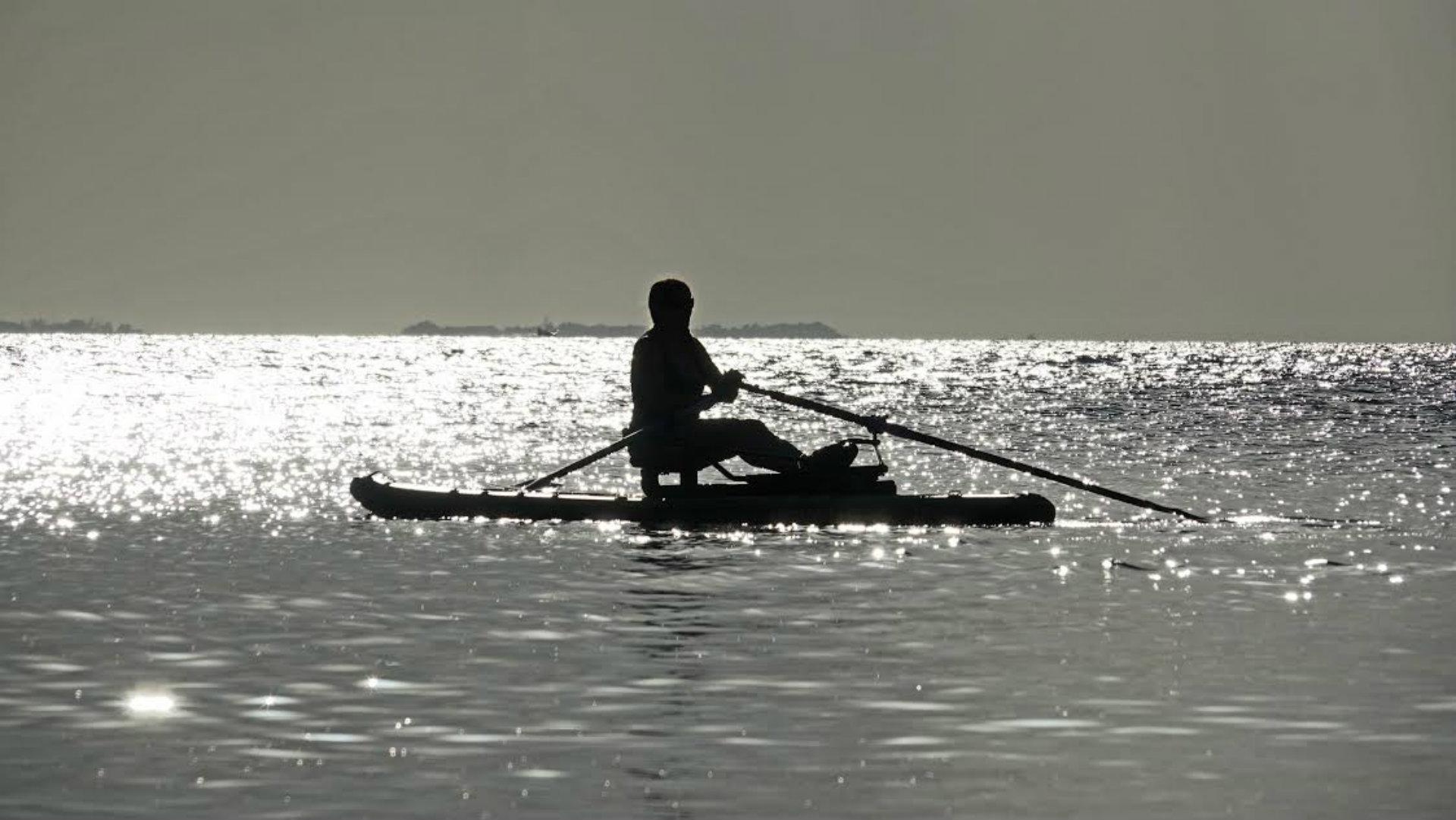 Rowing-Oar-Board-Belieze-Ocean-Row-Outdoor-Workout