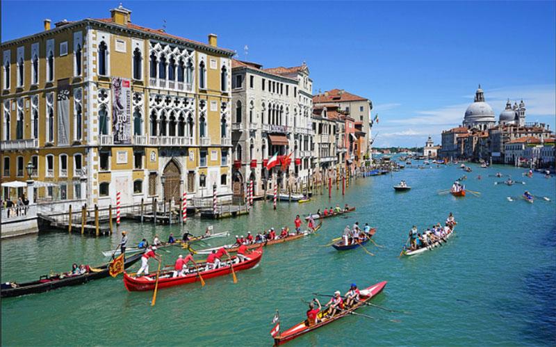 Vogalonga Regatta, Venice, Italy